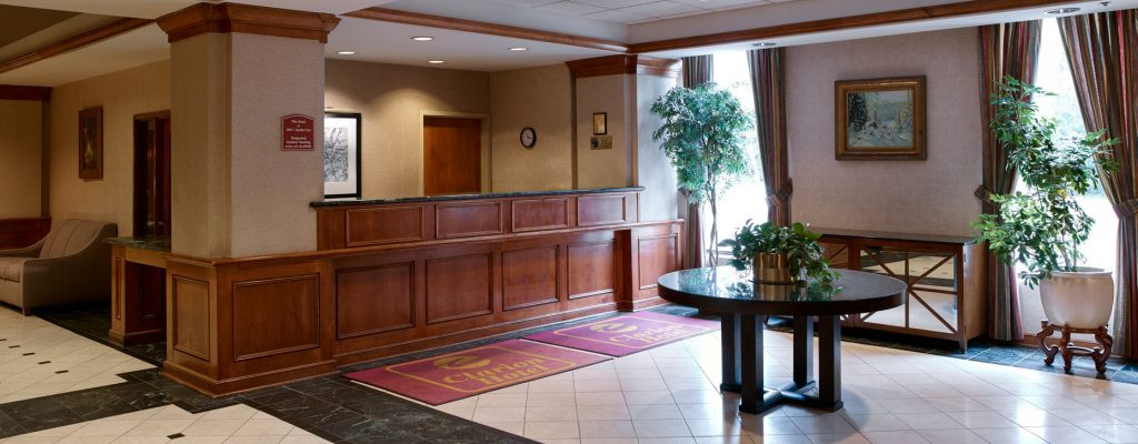 Clarion Hotel Airport – Portland, Maine